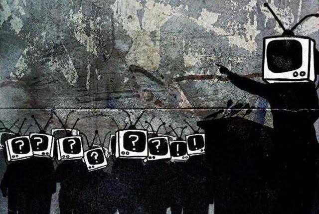 Noam Chomsky manipulación 2 culturainquieta